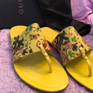NIB Gucci Lemon/Lime Flora Canvas Thong Sandal9.5B